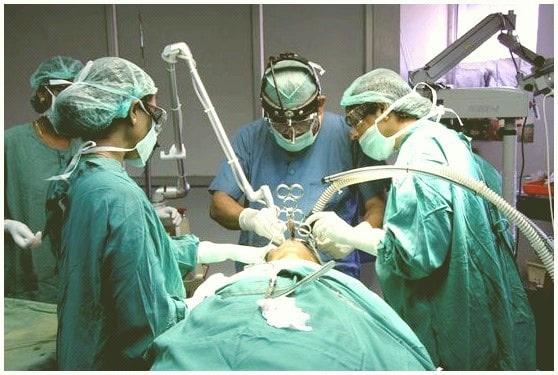 operación de las amígdalas
