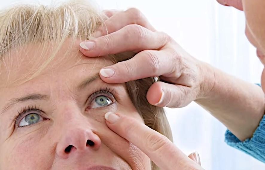 revision ocular sencilla